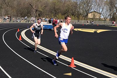 Henry Snider races at the True Team Meet